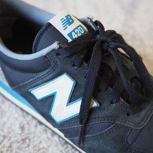 New Balance Black/Blue/White 420 Shoes
